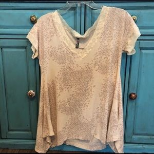 Free People ivory floral lace trim shark bite top